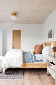 Home Bedroom, Bedroom Decor, Bedrooms, Decor Room, Master Bedroom, L Wallpaper, Wallpaper Ceiling, Custom Wallpaper, Studio Mcgee