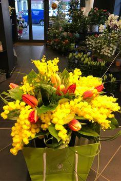 Fiorito propone un meraviglioso bouquet di mimose per la festa della Donna!