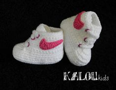 Chaussons tricotés, NEW DESIGN! Chaussures de bébé tissé, est une création orginale de Kaloupatrones sur DaWanda
