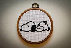 Muster: Snoopy Cross Stitch von SeizeTheStitch auf Etsy                                                                                                                                                                                 Mehr