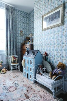 Chambre enfant Fondateurs House of Hackney Frieda Gormley et Javvy M Royle Maiso… Childrens Room Founders House von Hackney Frieda Gormley und Javvy M Royle House Hackney London Childrens Bedroom Furniture, Kids Furniture, Bedroom Decor, Kids Bedroom, Furniture Stores, Modern Furniture, Childrens Rooms, Furniture Cleaning, Girl Bedrooms