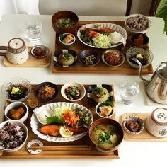 Lunch idea with friends Japanese Dishes, Japanese Food, Asian Recipes, Healthy Recipes, Plate Lunch, Recipes From Heaven, Asian Cooking, Food Menu, Food Presentation