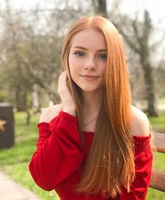 Discover tons of gorgeous redhead on Bonjour-la-Rousse Red Hair Woman, Beautiful Red Hair, Beautiful Women, Girls With Red Hair, Gorgeous Redhead, Gorgeous Girl, Hottest Redheads, Redhead Girl, Brunette Girl