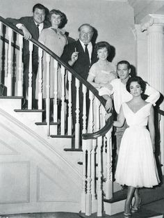 Jack Carson, Madeleine Sherwood, Burl Ives, Judith Anderson, Paul Newman, Elizabeth Taylor in Cat on a Hot Tin Roof (1958)