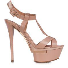 Sandal in phard leather with metal detail. www.lesilla.com #lesilla #springsummer #pink