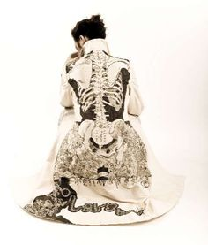 Oh my, oh my. If I could get away with wearing this, I'd look totally fly. -32 Wearable Body Parts - Fashionable Hands, Hearts and Bones Give Extra Oomph to Outfits (CLUSTER)