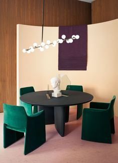 Dear design lover, are you ready for 10 Design Chairs For Your Modern Dining Room? Dining tables are important, they are the center of the dining room, but some modern dining chairs will light up your Interior Styling, Interior Decorating, Interior Design, Decorating Ideas, Furniture Styles, Home Furniture, Entryway Furniture, Design Furniture, Luxury Furniture