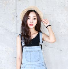 park seul Asian Fashion, Love Fashion, Girl Fashion, Fashion Looks, Fashion Tips, Fashion Trends, Asian Street Style, Korean Style, Korean Model
