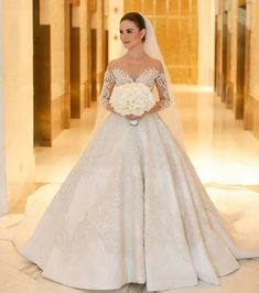 See Instagram photos and videos from Destination Getaways (@destinationgetaways) Princess Wedding Dresses, Bridal Wedding Dresses, Dream Wedding Dresses, Wedding Bride, Bridal Gown, Wedding Dress Sleeves, Bridal Looks, Pretty Dresses, Marie