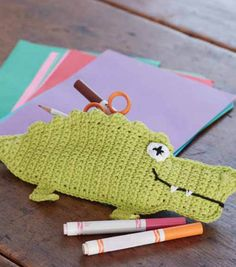 Crochet Pencil Case for Kids | DIY Crochet Alligator