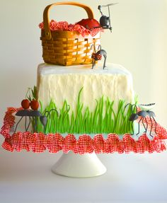 Surprise inside picnic cake complete with ants and a checkerboard tablecloth! Edible candy melt grass b. Picnic Birthday, Birthday Parties, 2nd Birthday, Picnic Themed Parties, Surprise Inside Cake, Picnic Cake, Fondant, Gateaux Cake, Different Cakes