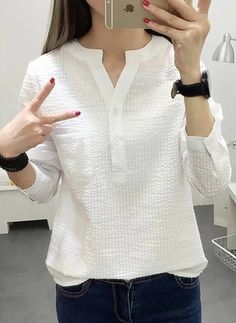 Latest fashion trends in women's Blouses. Shop online for fashionable ladies' Blouses at Floryday - your favourite high street store. Fashion 101, Curvy Fashion, Fashion Outfits, Womens Fashion, Fashion Trends, Latest Fashion, Fashion Styles, Fashion Boots, Kurta Designs Women