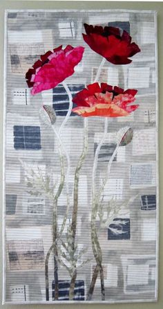 Urban Poppies Art Quilt by Barbara Lardon Bakgrund som qasugo +applikation Quilt Art, Quilt Modernen, Flower Quilts, Art Textile, Landscape Quilts, Contemporary Quilts, Quilted Wall Hangings, Small Quilts, Applique Quilts