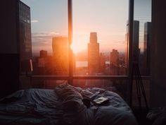 Manhattan, 8 am
