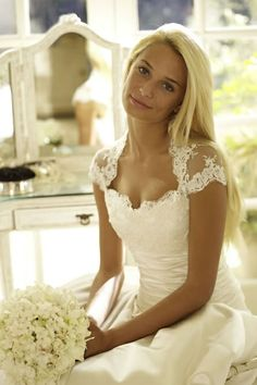 Love this neckline and the lace cap sleeves