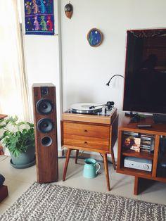Thorens TD 160 turntable Focal Chorus 714 Rega Brio r Hifi stereo Mid Century Vintage turntable wood Ortofon 2M Blue