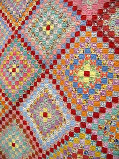 One of my all time favorite quilt patterns.  Posted by catslye on flickr.