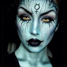 Username: @ellie35x Number of followers: 18K Known for: ghoulish and ghastly looks with a glam twist. She is only 17!