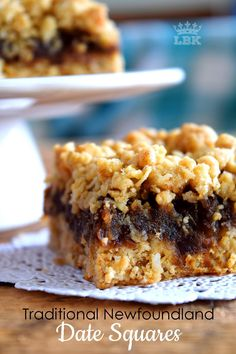 Jump to Recipe Print RecipeNewfoundland Date Squares are a traditional Newfoundland treat! Slightly sweet, with a crumbly topping, and a soft, chewy center, perfect for an afternoon snack with a cup of hot tea! Date Squares and Newfoundland go hand… Date Recipes Desserts, Rock Recipes, Pudding Desserts, Cookie Desserts, Cookie Bars, Just Desserts, Sweet Recipes, Baking Recipes, Cookie Recipes