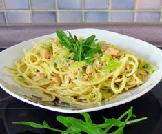 Rezept Spaghetti mit Räucherlachs und Lauch von Martä2109 - Rezept der Kategorie Hauptgerichte mit Fisch & Meeresfrüchten