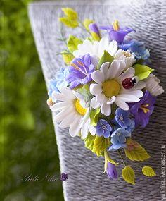 Купить Брошь с полевыми цветами - полимерная глина deco, полевые цветы, брошь с полевыми цветами