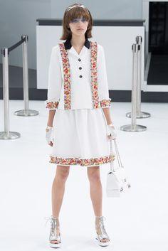 Chanel modernización Courreges inspirado en los años 60