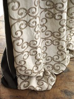 De Le Cuona Fabric #interior #design #curtain #embroidery