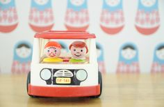 Bus Fisher Price de 1969. Made in U.S.A. leshappyvintage.fr