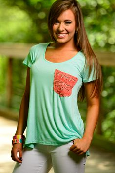This causal tee is perfect to dress up or down! The crochet pocket makes is the best combo of simple yet fabulous!