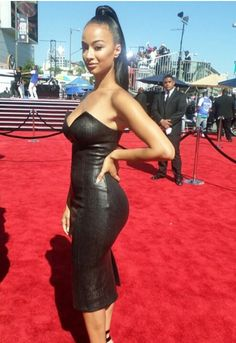 Draya Michele looks fab showing off her curvy bottom at this year's BET Awards. Indian Hairstyles, Celebrity Hairstyles, Draya Michele Instagram, Draya Michelle, Strapless Dress, Bodycon Dress, Hey Girl, Celebs, Celebrities