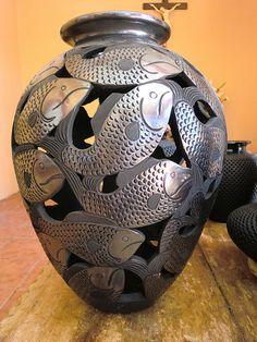 Burnished Black Clay Vase, San Bartolo de Coyotepec, Oaxaca, Mexico
