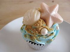 Almost too pretty to eat beach cupcakes #beach #ocean #wedding