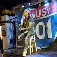 """45 Likes, 2 Comments - Here To Support Brett Young (@country_fan_86) on Instagram: """"Brett Young surprise Meet and Greet @puckettsgrocery for @rbfestival #chattanooga…"""""""