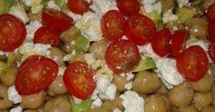 Ενας πολύ ωραίος τρόπος να τρώμε τα υγιεινά όσπρια !!!! Υλικά 250 γραμμάρια ρεβίθια βρασμένα2 κουταλιές σούπας ταχίνι8 ντοματίνια κομμένα στην μέση ή 4 ντο Appetizer Recipes, Salad Recipes, Diet Recipes, Vegan Recipes, Cooking Recipes, The Kitchen Food Network, Salad Bar, Appetisers, Greek Recipes