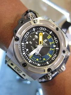 Super cool diving watch