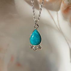 Vans, Pendant Necklace, Jewelry, Fashion, Jewlery, Moda, Jewels, La Mode, Jewerly