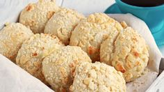 These yummy Filipino cheese bread are generously covered in cheese streusel. They sweet and milky, unlike other cheese bread you know. Get the recipe here!