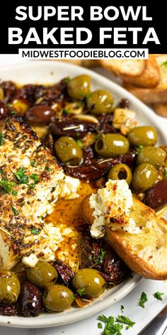 Yummy Appetizers, Appetizers For Party, Appetizer Recipes, Meze Recipes, Light Appetizers, Cheese Appetizers, Baked Feta Recipe, Feta Cheese Recipes, Game Day Food
