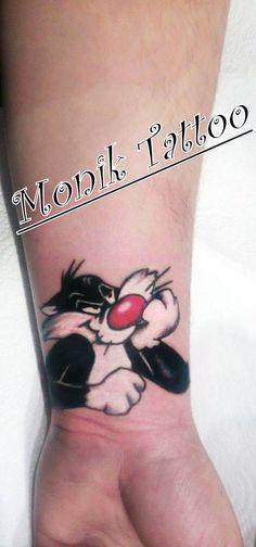 https://plus.google.com/112097929950684540576/about… https://www.facebook.com/pages/Monik-Tattoo/1438203046449613?fref=ts