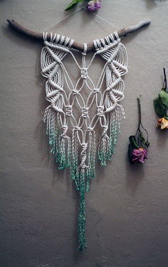 Beautiful Wall Hanging Macrame Idea (33)