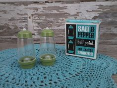 Check out this item in my Etsy shop https://www.etsy.com/listing/128631067/retro-salt-pepper-shakers-by-ball-point