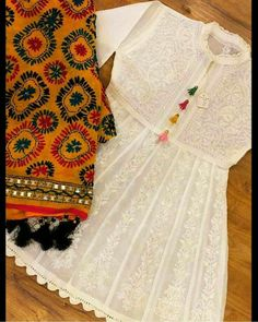 Pearl_designers Book ur dress now Completely stitched Customised in all colours For booking ur dress plz dm or whatsapp at 91 9654014206 Pakistani Fashion Casual, Pakistani Dresses Casual, Indian Fashion Dresses, Dress Indian Style, Pakistani Dress Design, Indian Designer Outfits, Casual Dresses, Pakistani Designer Clothes, Pakistani Mehndi