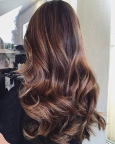 20 Popular Balayage Brown Hair Colors of 2019 - Style My Hairs Blonde Balayage Highlights, Brown Hair With Blonde Highlights, Hair Color Balayage, Red Blonde Hair, Short Red Hair, Brunette Hair, Pretty Hairstyles, Straight Hairstyles, Hello Hair