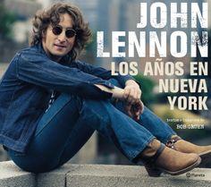 John Lennon: los años en Nueva York , que abarca desde 1971 hasta 1980, es un retrato extraordinario e íntimo de Lennon a través del enfoque y la pluma de una de las personas que mejor lo conoció: su amigo y fotógrafo personal Bob Gruen. Edición de lujo.$349