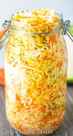 This Easy Pickled Cabbage is crunchy, tangy, sweet, and seriously addicting. It's easy to make and ready to eat in about 12 hours. Pickled Cabbage, Cabbage Salad, Baked Cabbage, Fermentation Recipes, Canning Recipes, Vegan Vegetarian, Vegetarian Recipes, Healthy Recipes, Vegetarian Cabbage