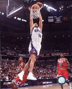 Peja Stojakovic, who played for the Sacramento Kings from 1999 to 2006.