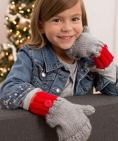 Mittens are fun to knit and great for keeping hands warm and cozy. This flip-top design makes it easy to use your fingers without taking your mittens off (See alternate photo). Pattern is given in kid's and adult sizes