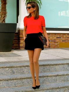Fashion and Style Blog / Blog de Moda . Post: Black & Red / Rojo & Negro See more/ Más fotos en : http://www.ohmylooks.com/?p=4007 by Silvia García Blanco