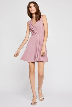 $78.00 Shirred Surplice Dress - Nostalgia Rose | BCBGeneration.com Tumblr Outfits, Hipster Outfits, Grunge Outfits, Boho Outfits, Fall Outfits, Vintage Outfits, Casual Outfits, Fashion Outfits, Winter Outfits For Girls