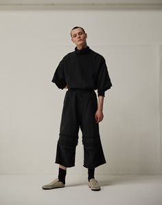 """ユリウス 2019年リゾートコレクション - """"無""""になることで現れる「個性」 - ファッションプレス"""